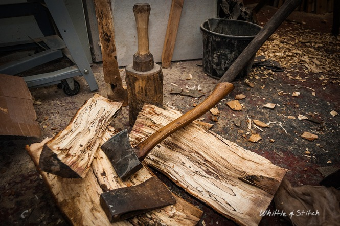 Splitting spalted Beech log with an axe and mallet maul club. Hand made wood craft. Colour landscape. © P. Maton 2015 whittleandstitch.net